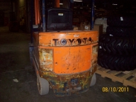 Toyota 5FBC30 Cushion Tire Counter Balanced Forklift
