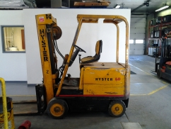 Hyster E60BS Cushion Tire Counter Balanced Forklift